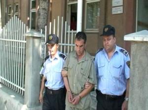 Vlado Taneski's Arrest Cite:http://murderpedia.org/male.T/images/taneski_vlado/taneski_004.jpg
