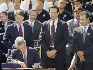 President Clinton signing the 1994 Violent Crime Control and Law Enforcement Act. CREDIT: http://abcnews.go.com/Politics/inside-controversial-1994-crime-bill-plaguing-clinton-campaign/story?id=38313757